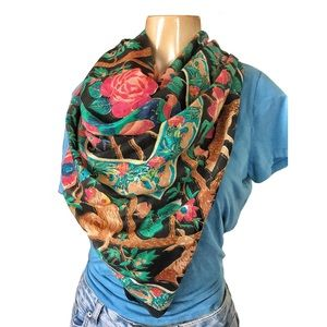 Accessories - Beautiful Exotic Animal Rainforest Tropical Scarf